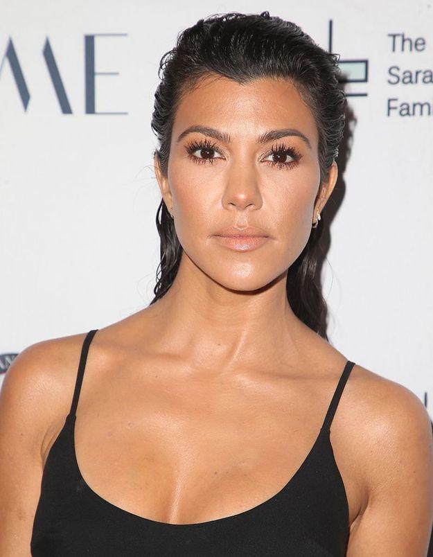 Le maquillage beige de Koutney Kardashian