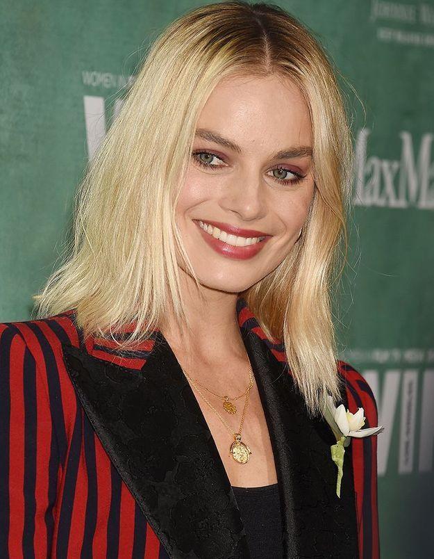 Le maquillage rouge de Margot Robbie