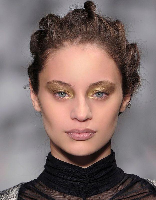 Maquillage Réveillon Doré