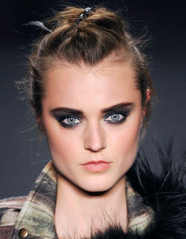 Maquillage Réveillon Gris
