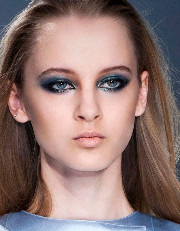 Maquillage Réveillon Smoky Eyes