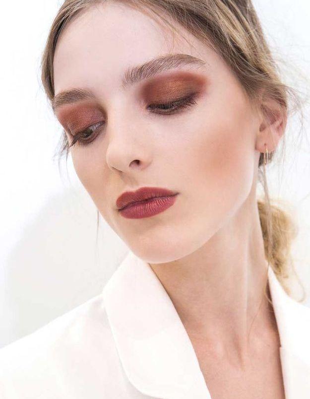 Maquillage sexy : la couleur Burgundy