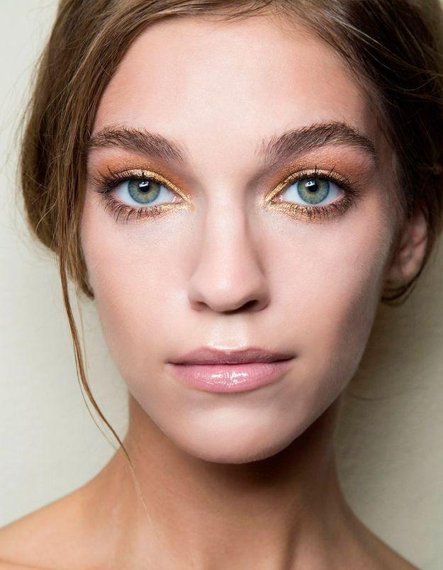 Maquillage solaire bronze