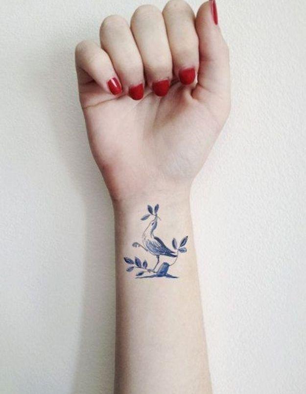 Tatouage Poignet Femme Oiseau Tatouage 40 Jolies Idees Pour Nos