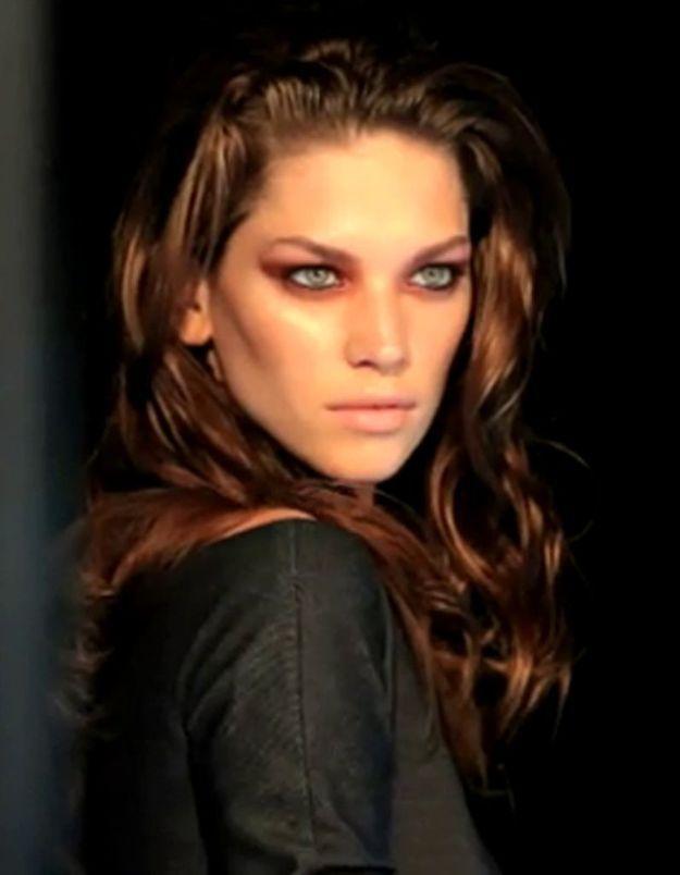 Tuto make-up : le smoky eyes bronze métallique de Dior