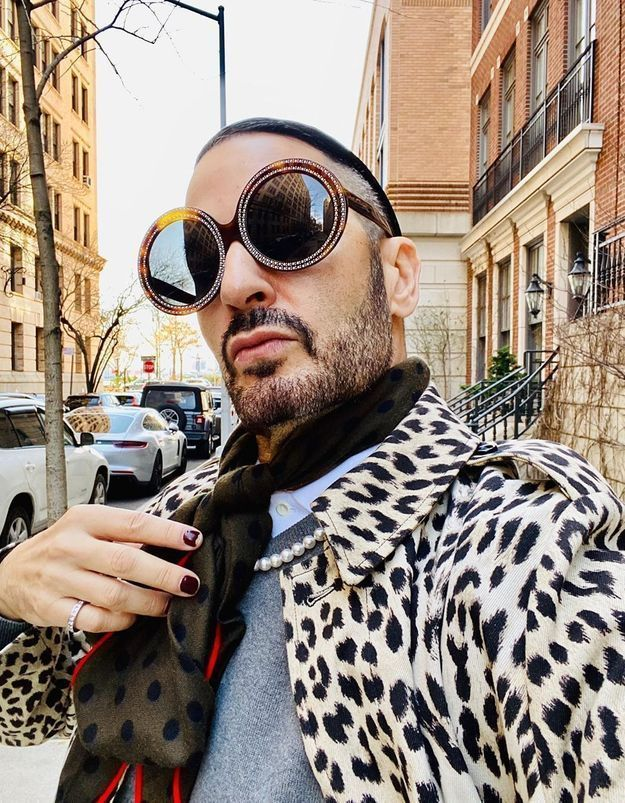 Marc Jacobs réinvente les tutos make-up et ça fait du bien