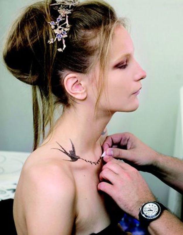 Chanel se tatoue sur la peau