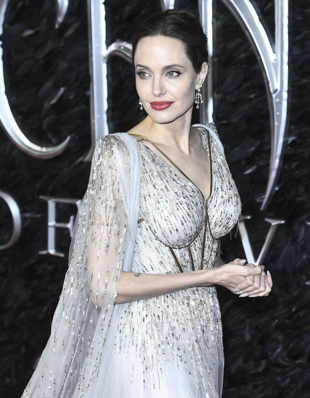 On a retrouvé le rouge à lèvres que porte Angelina Jolie dans Maléfique !