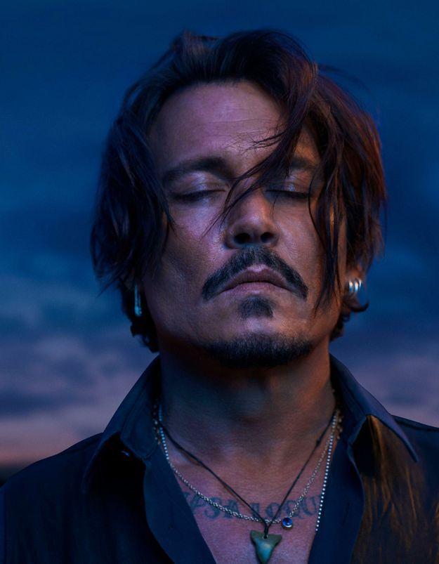 Exclu - Johnny Depp s'improvise chef de meute dans la nouvelle campagne Dior