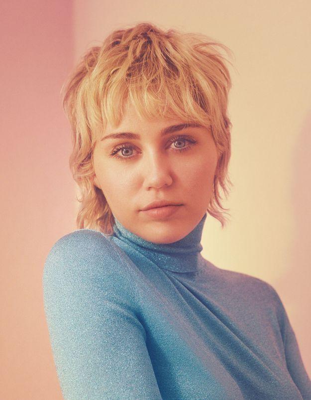 Miley Cyrus devient le visage du nouveau parfum Gucci