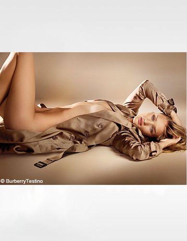 "Rosie Huntington-Whiteley, égérie du parfum ""Burberry Body"""