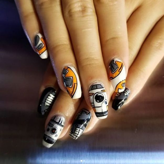 Manucure Star Wars ongles longs