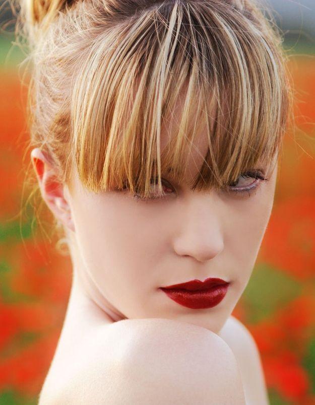 Comment éviter l'effet plâtré des rouges mats ?