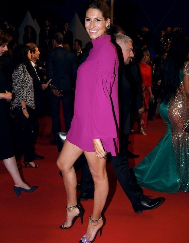 La mini robe fuschia de Laury Thilleman