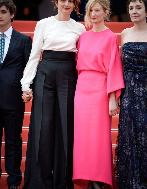La robe flashy de Alba Rohrwacher