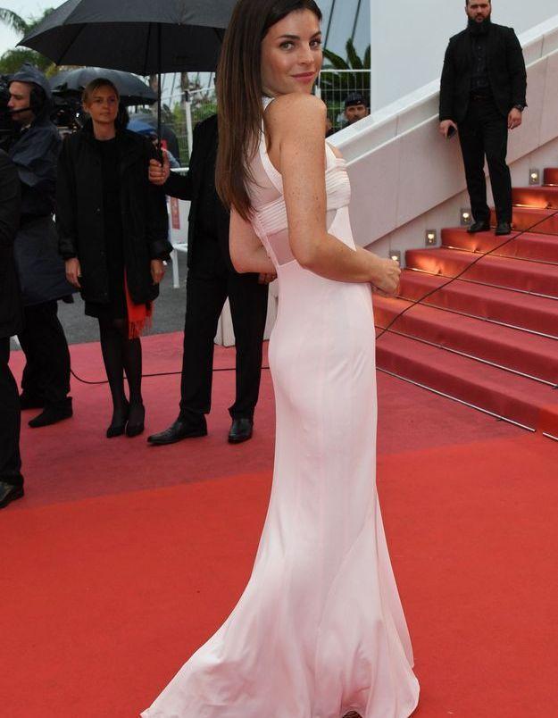 La robe rose claire de Julia Restoin-Roitfeld