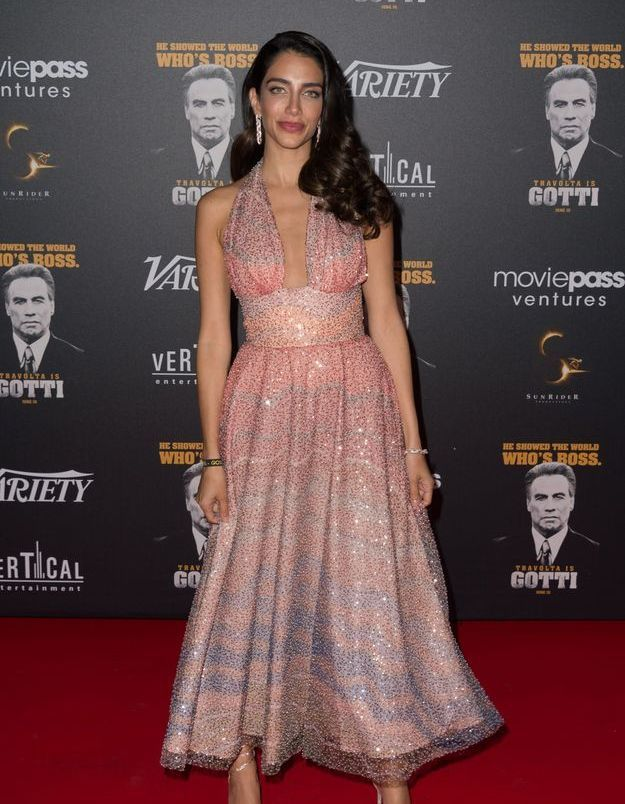 La robe rose de Jessica Kahawaty