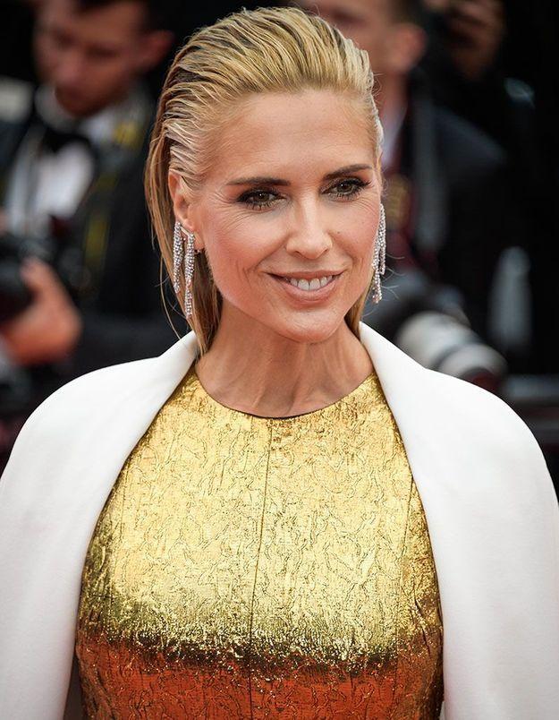 Les cheveux wet de Judit Masco à Cannes