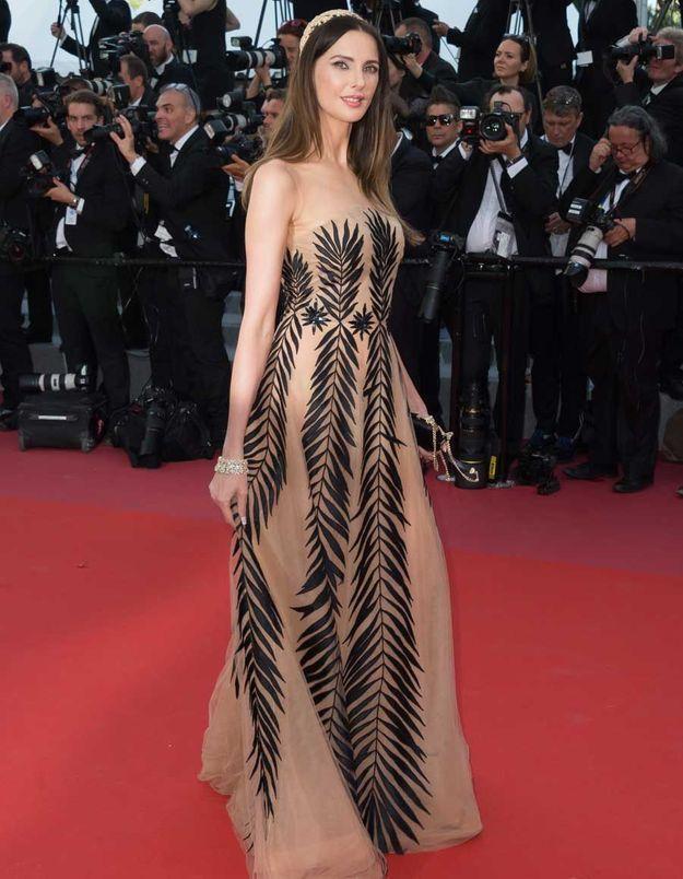 Frédérique Bel en Yanina Couture