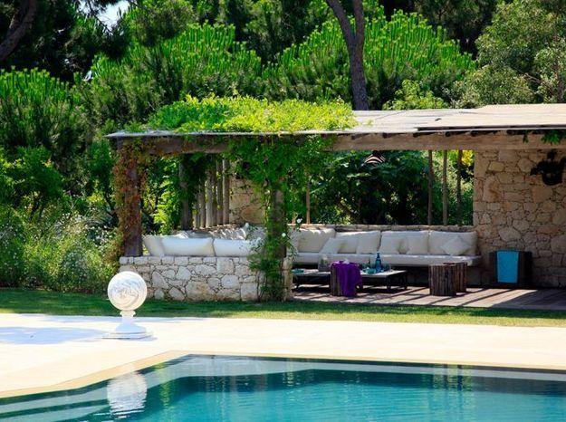 de beaux abris de piscine elle d coration. Black Bedroom Furniture Sets. Home Design Ideas