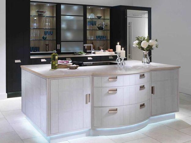 des cuisines d b niste chez grange elle d coration. Black Bedroom Furniture Sets. Home Design Ideas