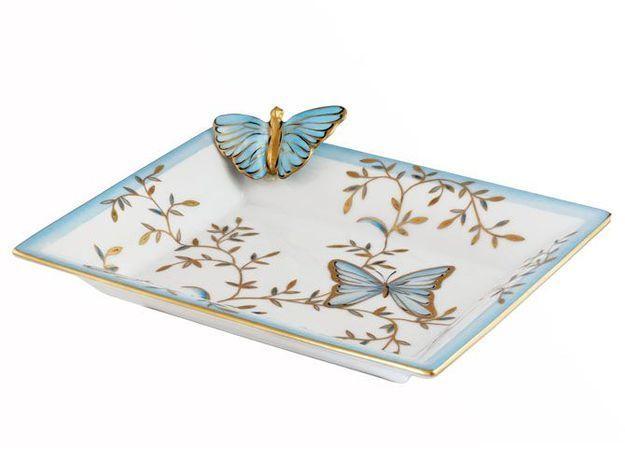 Gros plan sur les porcelaines Laure Selignac
