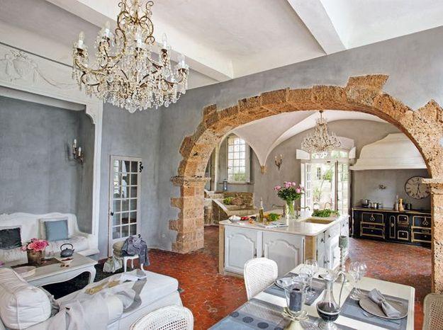 Habiteriez-vous dans cette superbe bastide provençale ?