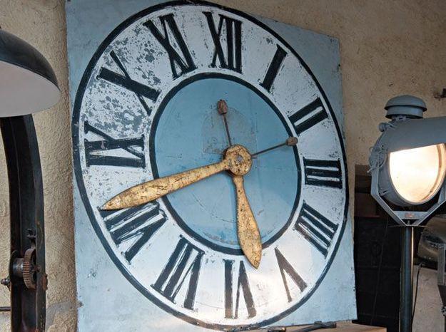 L'horloge industrielle