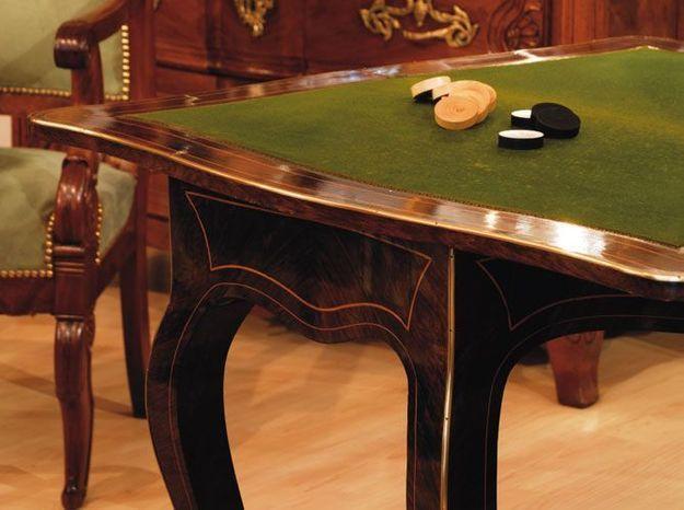 La table double jeu
