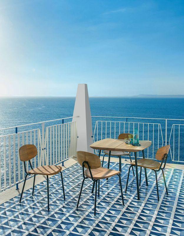 Une chaise de balcon Ethimo