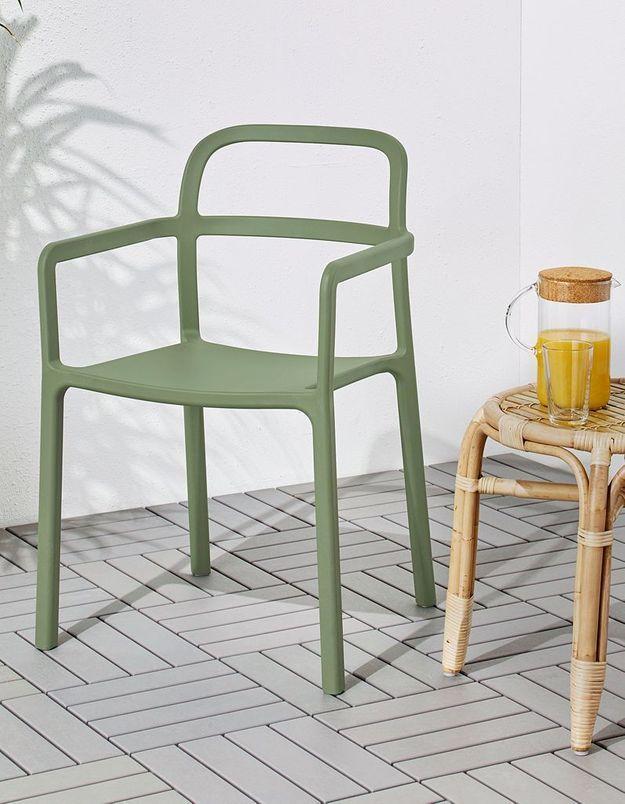 Une chaise de balcon IKEA