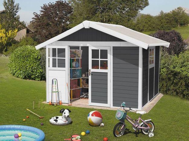 Une cabane de jardin comme salle de jeux