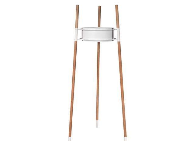 Un lampadaire design pour éclairer ma terrasse