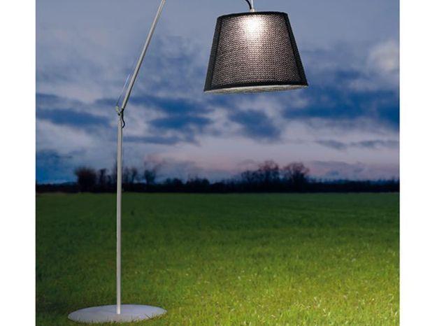 Un lampadaire XXL pour éclairer ma terrasse
