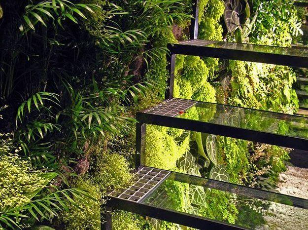 Les escaliers cr ent le relief elle d coration for Escalier dans un jardin