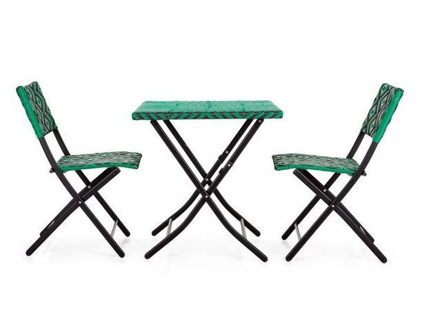 Table chaises jardin vert made