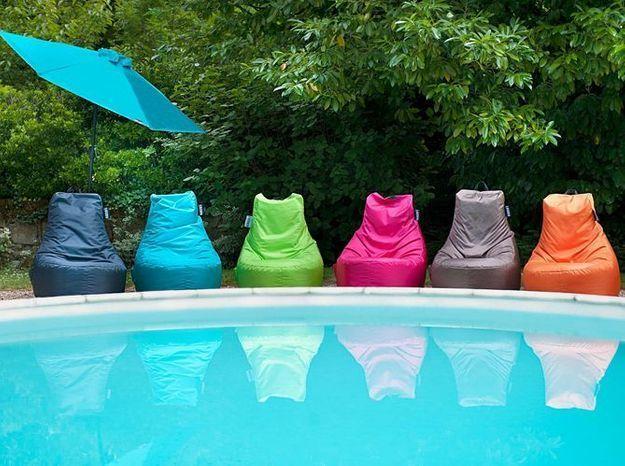 Pouf exterieur colores jardin prive