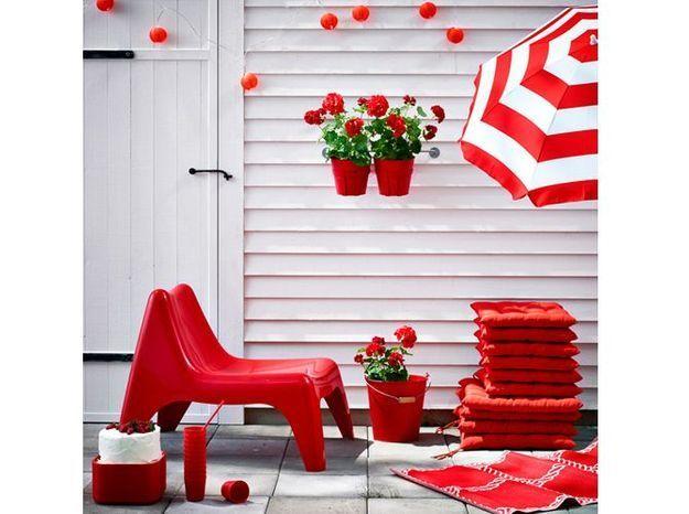 Mobilier jardin rouge ikea