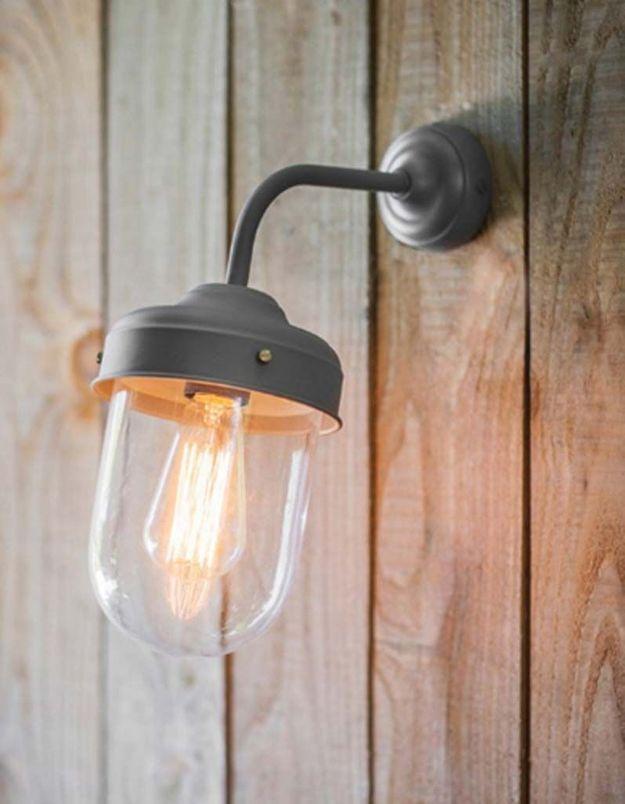 Une lampe de jardin Barn