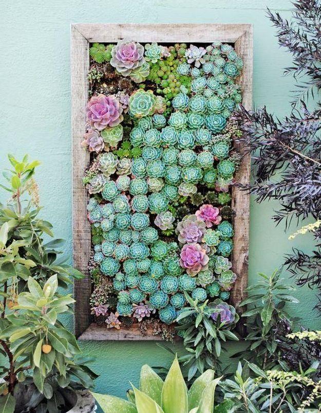 Oser le cadre végétal pour dégager de l'espace au sol