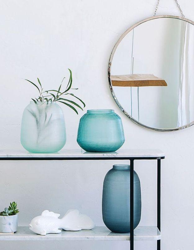 Vase en verre strié