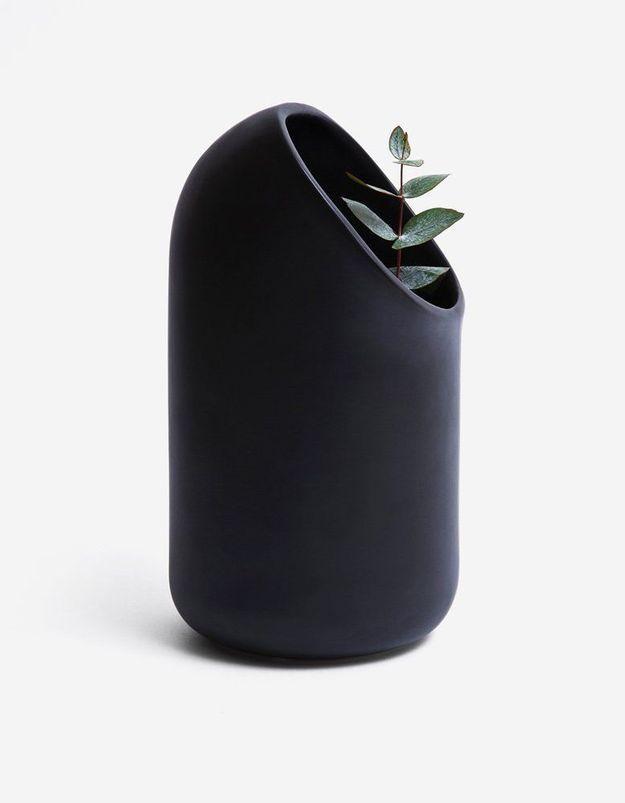 Un vase en céramique Moustache comme cadeau de Noël déco