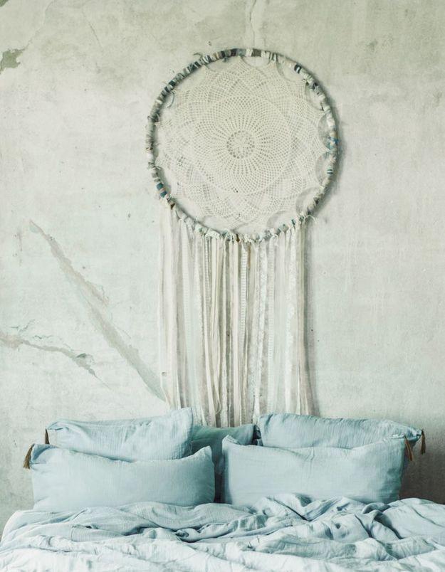 Une taie d'oreiller délicate pour la Fête des Mères