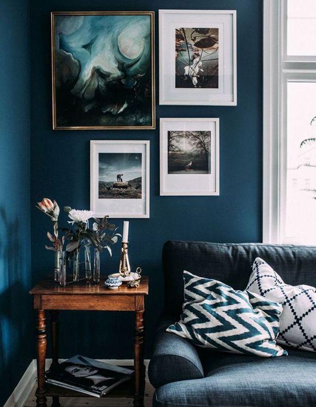 Jouez le camaëu de bleu grâce à vos cadres et affiches