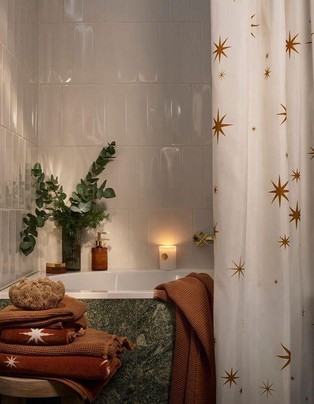 L'idée qu'on pique à la collection Noël H&M Home : rependre la magie de Noël jusque dans la salle de bains