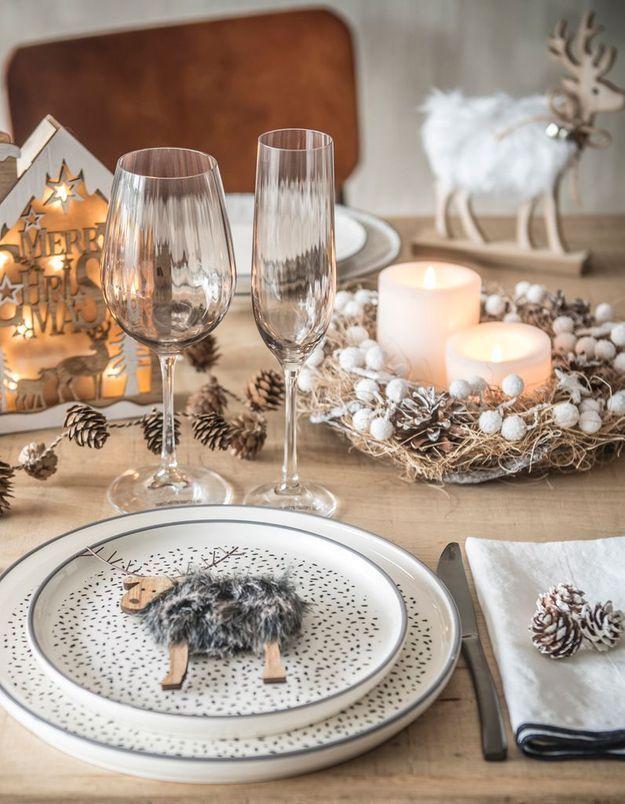 L'idée qu'on pique à la collection Noël Maisons du Monde : adopter la petite déco boisée pour une ambiance montagnarde