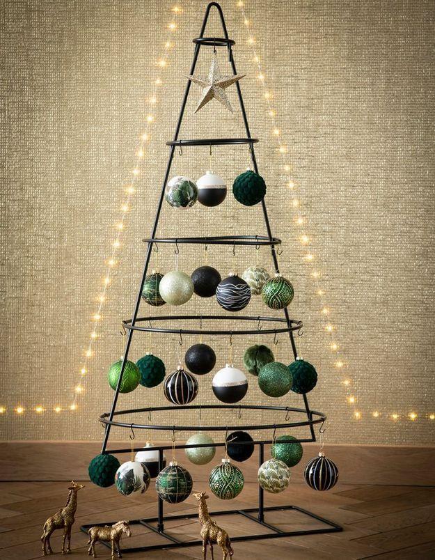 L'idée qu'on pique à la collection Noël : troquer son sapin traditionnel contre un modèle minimaliste