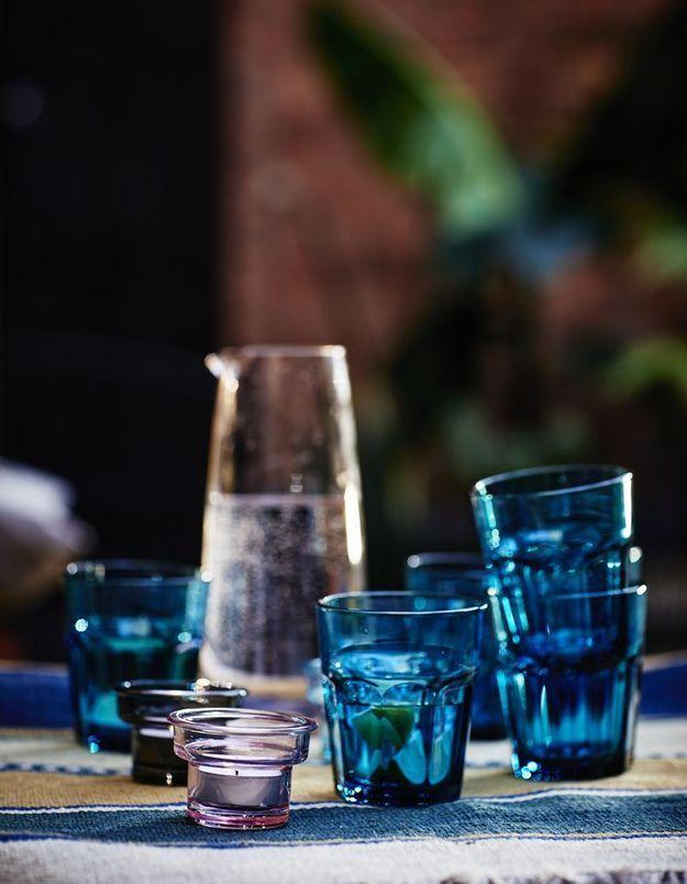 Succomber à la verrerie bleue