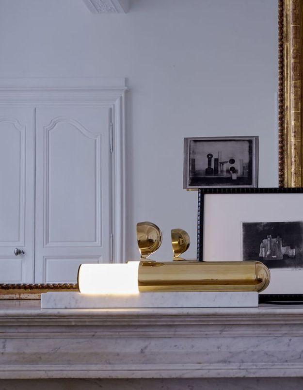 Lampe à poser en marbre DCW Editions