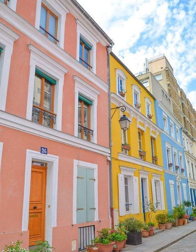 Maison colorée à Paris, France